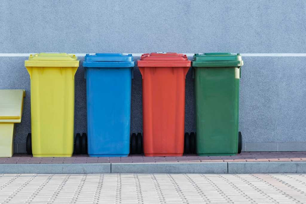 coloured recycling bins